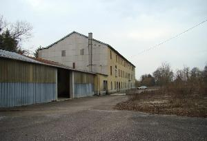 Huisraad biedt voormalige fabriek te koop aan in noord - Usine de savon a vendre ...